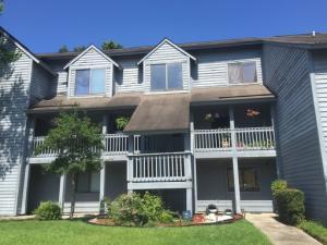 8483 Yadkin Circle, North Charleston, SC 29406