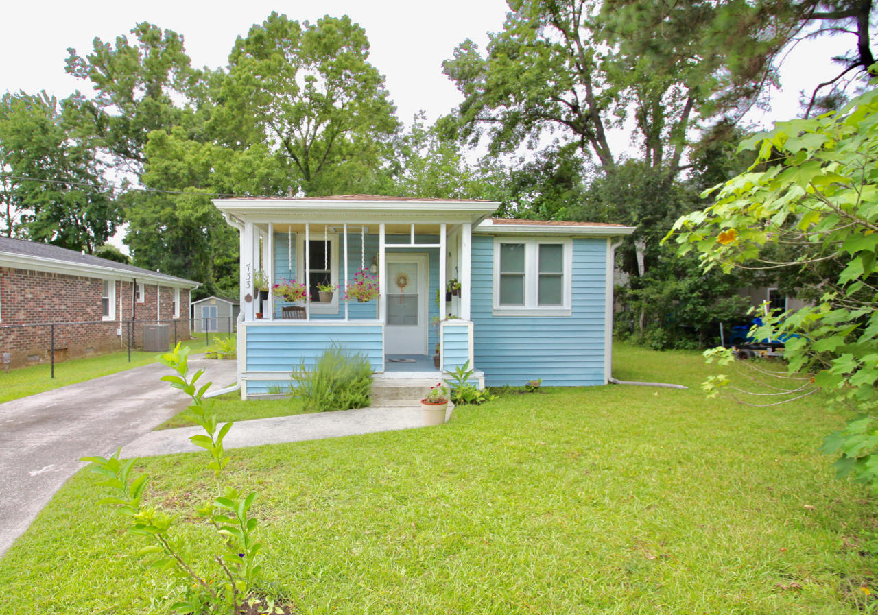 733 York Street Mount Pleasant, SC 29464