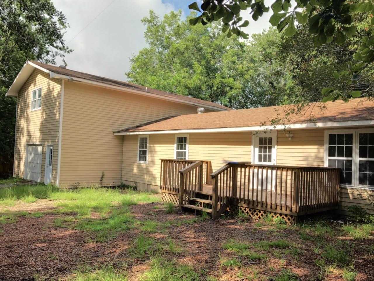 1621 Sumner Avenue North Charleston, SC 29406