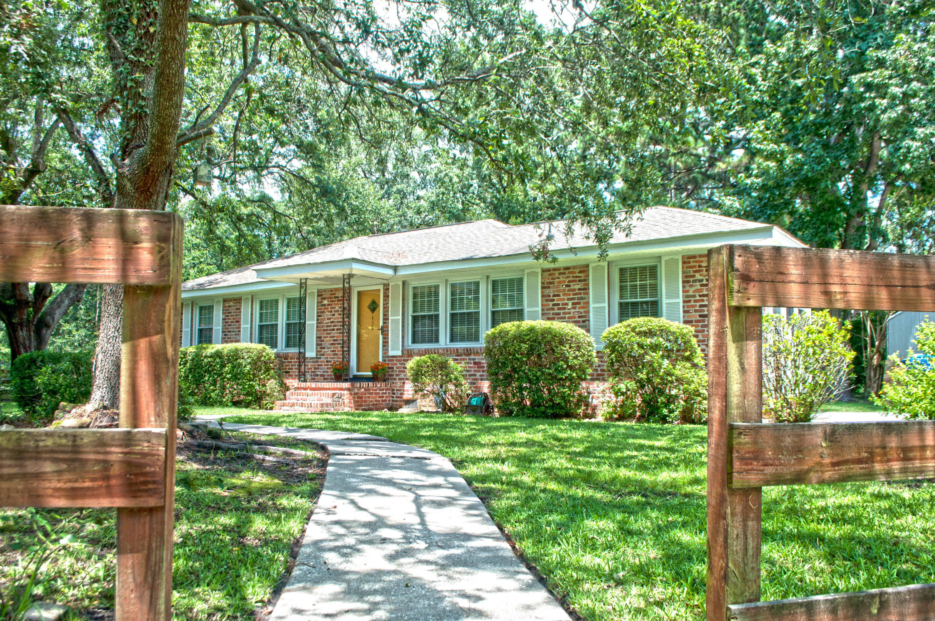 438 Millcreek Drive Charleston, SC 29407