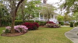 8 Hazelhurst Street, Charleston, SC 29492