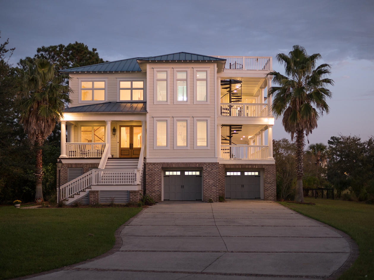 2400 Sandy Point Court Mount Pleasant, SC 29466