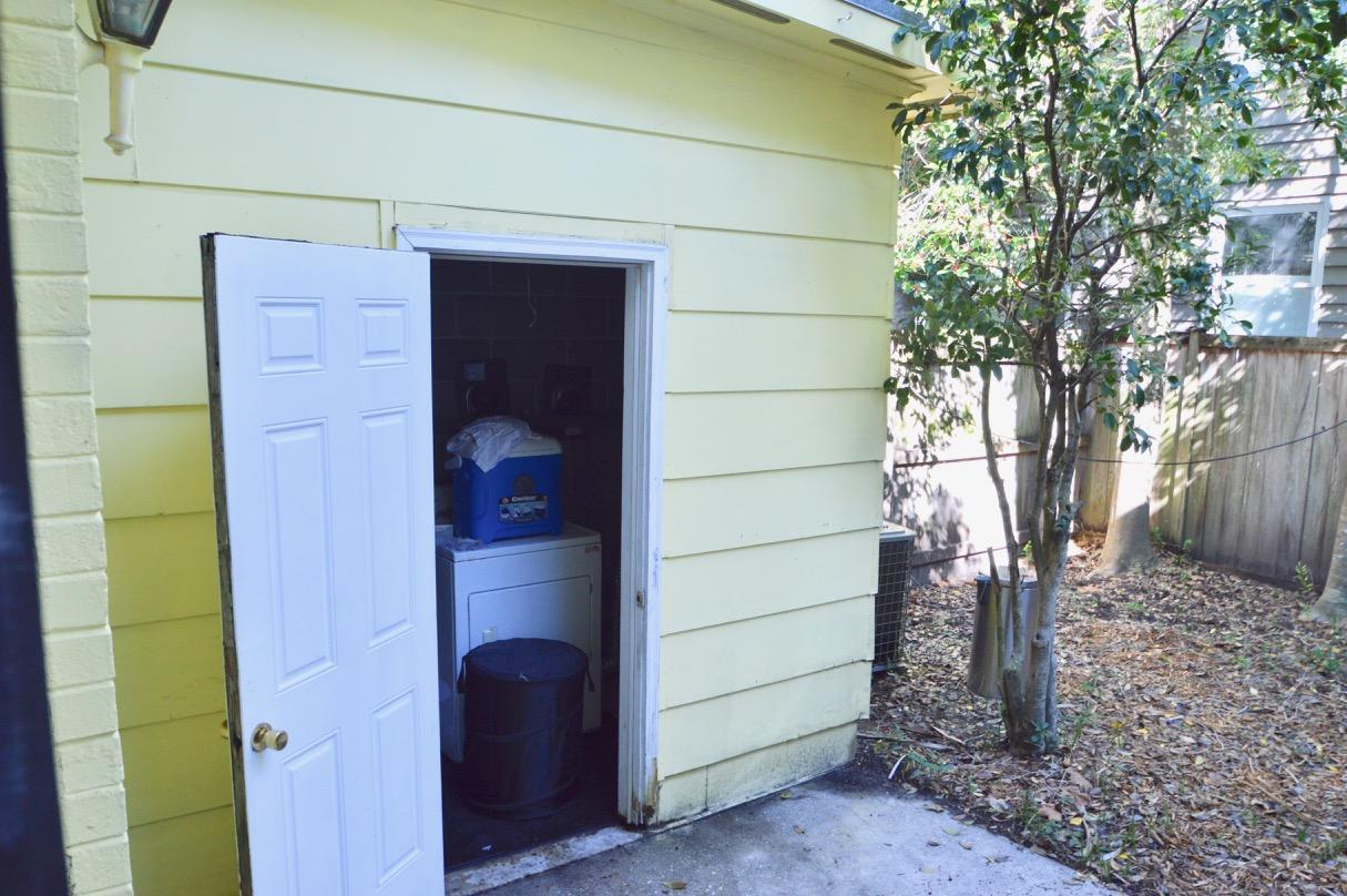 22 Pitt Street Charleston, SC 29401