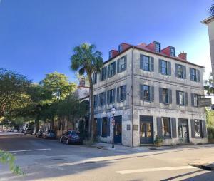 27 State, Charleston, SC 29401