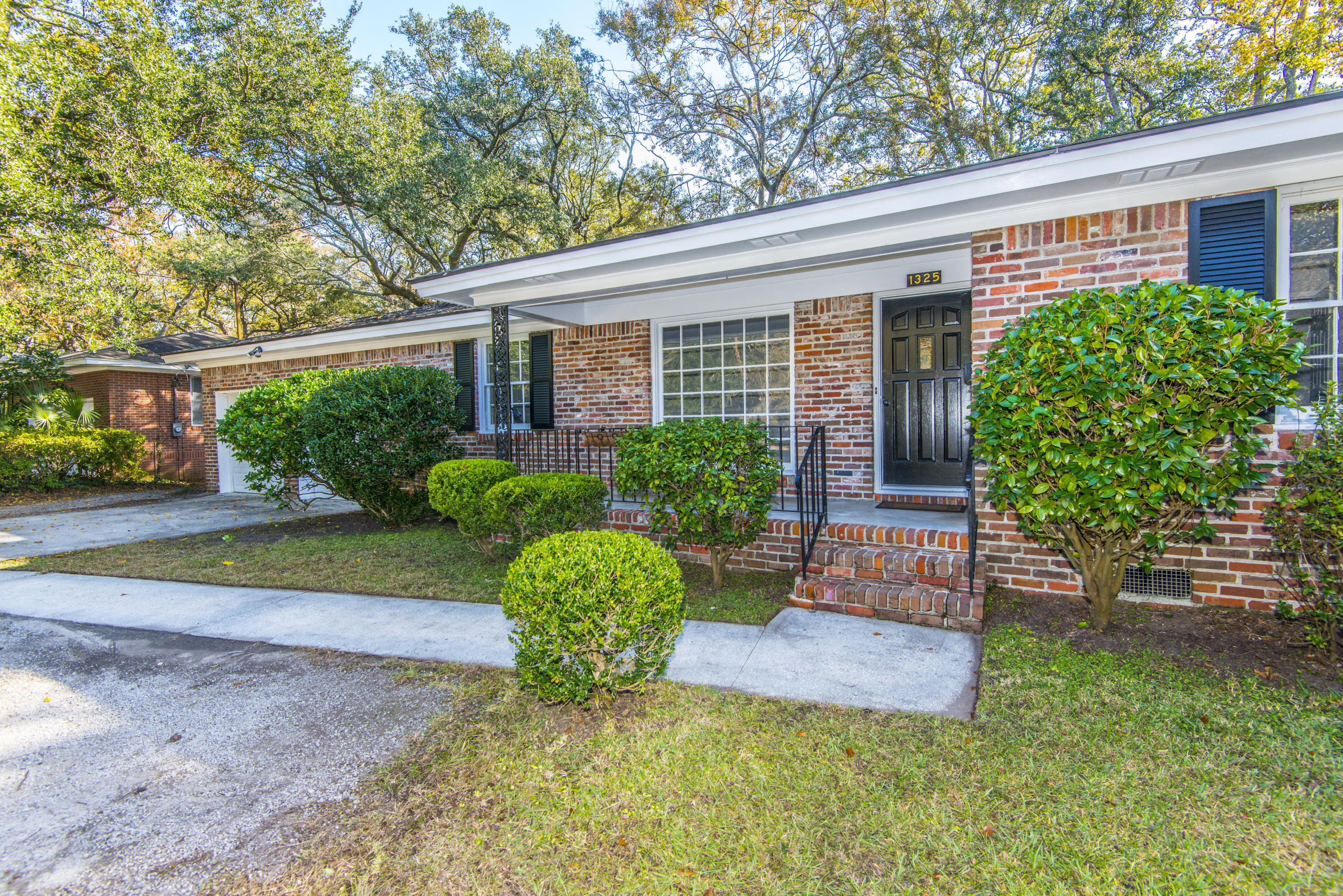 1325 Orange Grove Road Charleston, Sc 29407