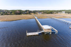 True Deepwater Lot with Dock that is accessible at any tide