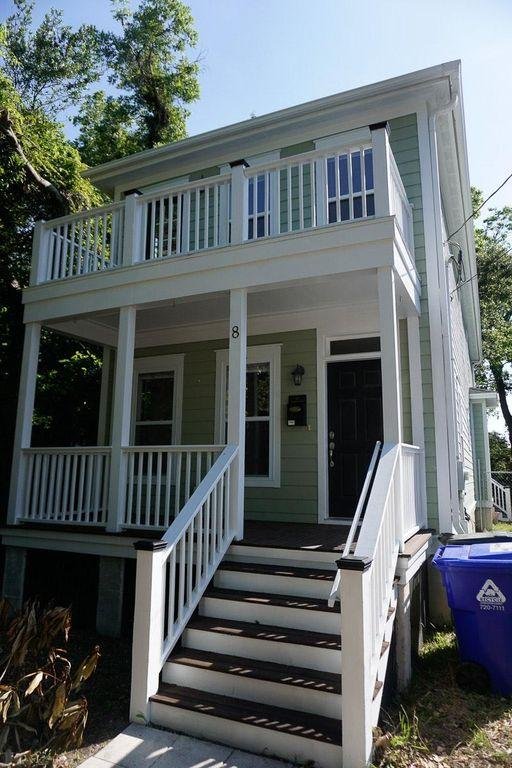8 Hampton Place Charleston, SC 29403