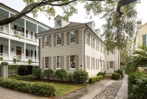 64 Church Street, Charleston, SC 29401