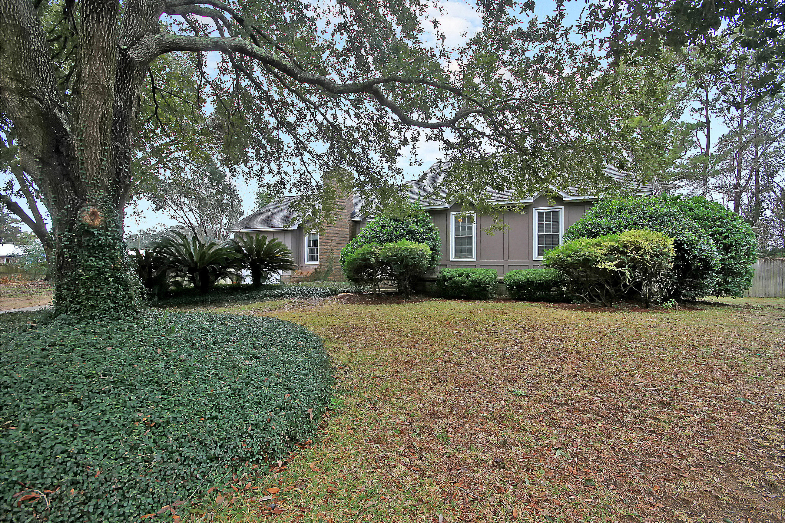 1102 Ocean Breeze Court Mount Pleasant, SC 29464