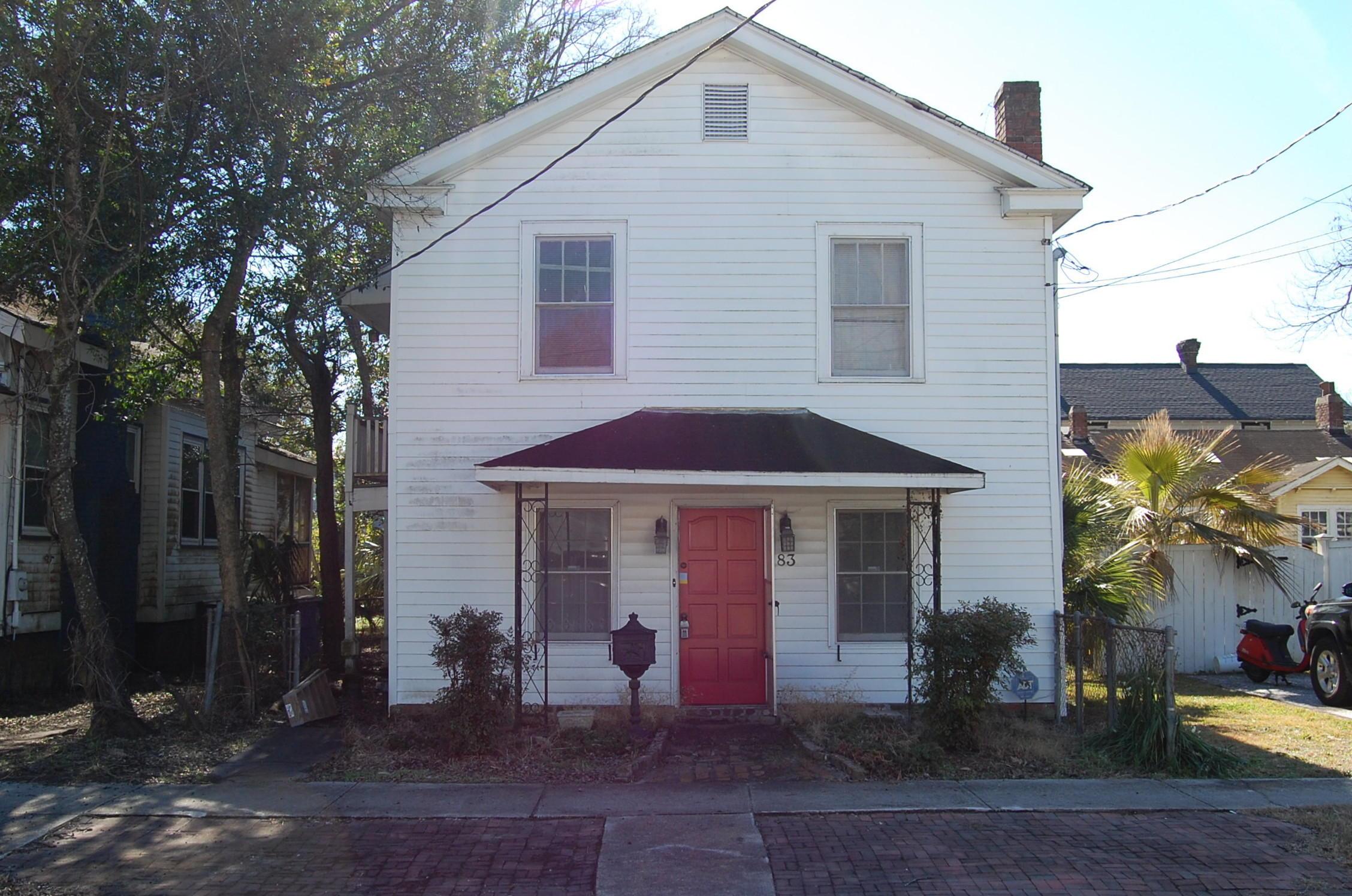 83 Maple Street Charleston, SC 29403