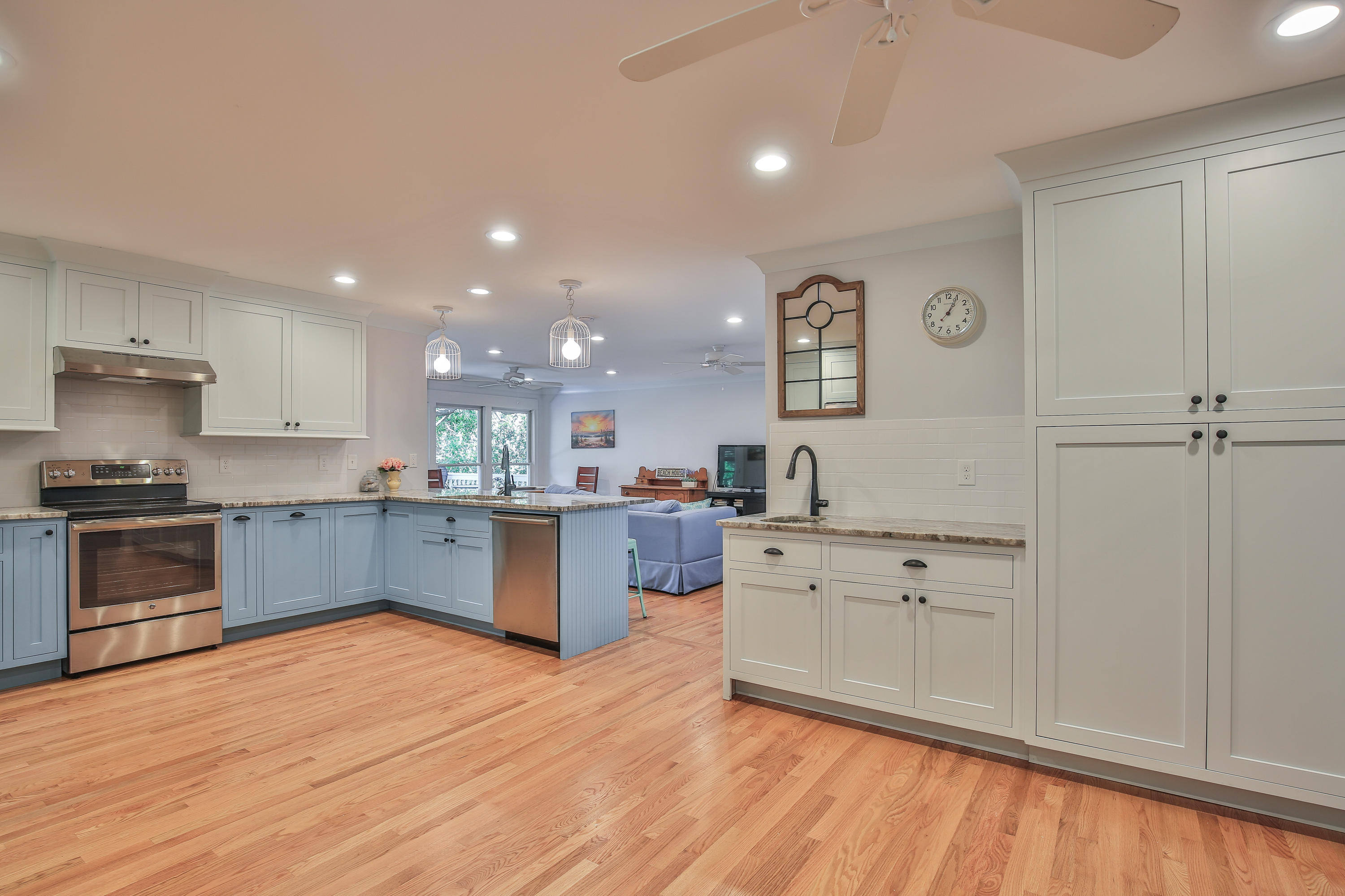 1408 E Ashley Avenue Folly Beach, Sc 29439