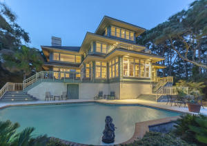Stunning Traditional Home On Ocean Course