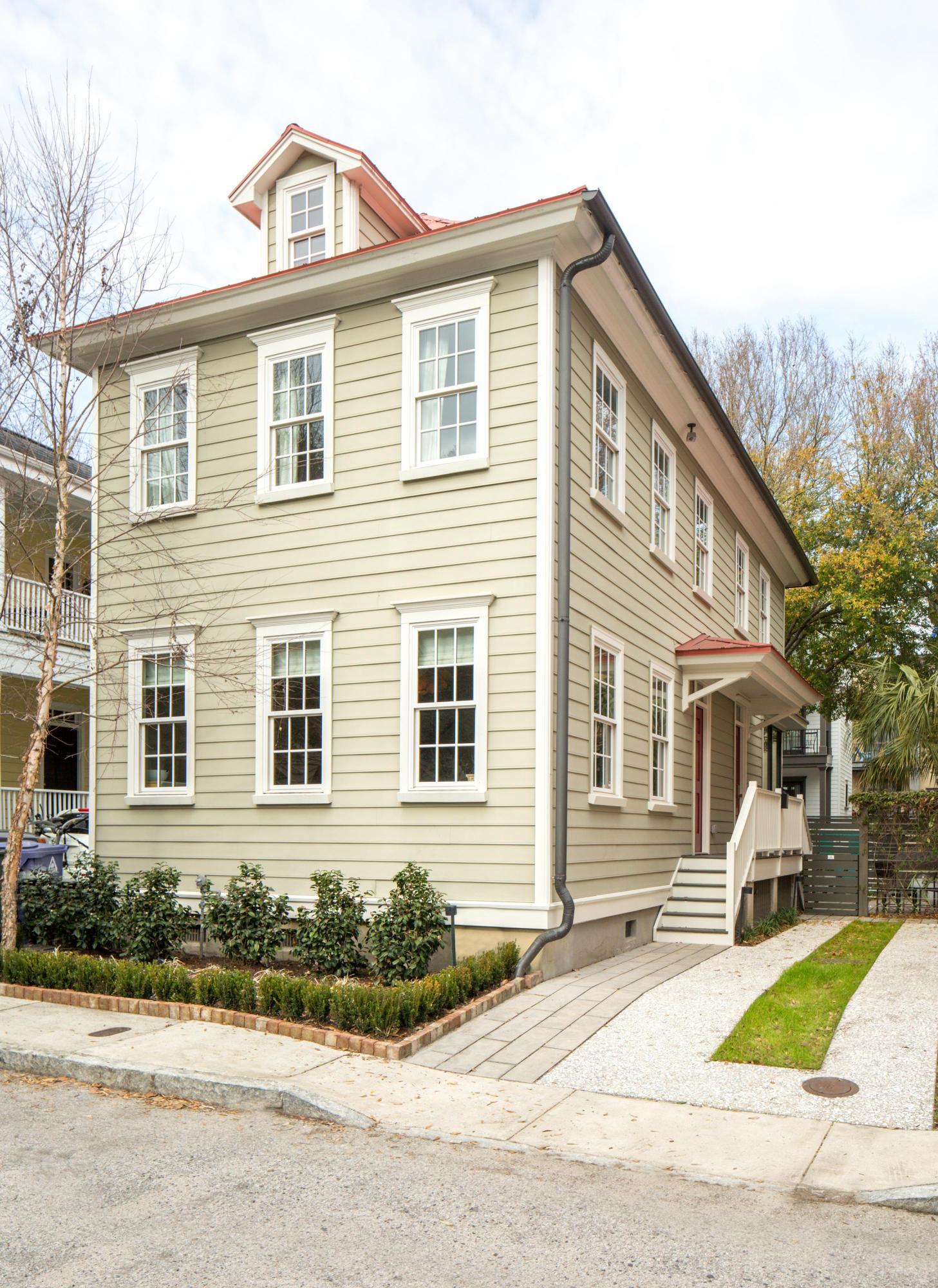 15 Radcliffe Place Charleston, SC 29403