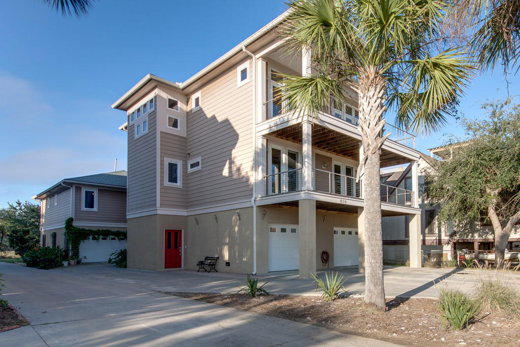 938 W Oceanview Road Charleston, SC 29412