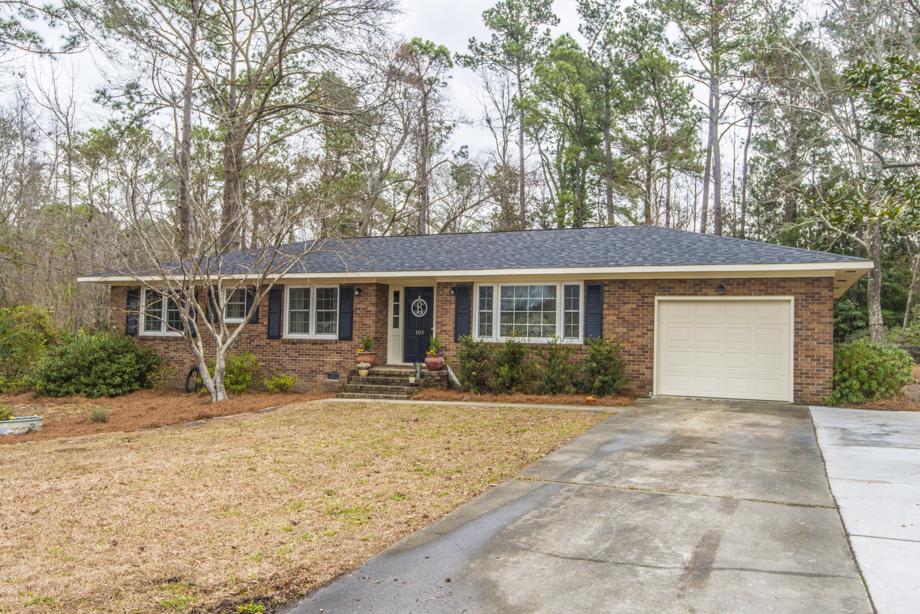 105 Frontage Road Summerville, SC 29485