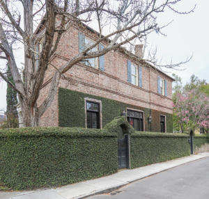 15 Orange Street, Charleston, SC 29401