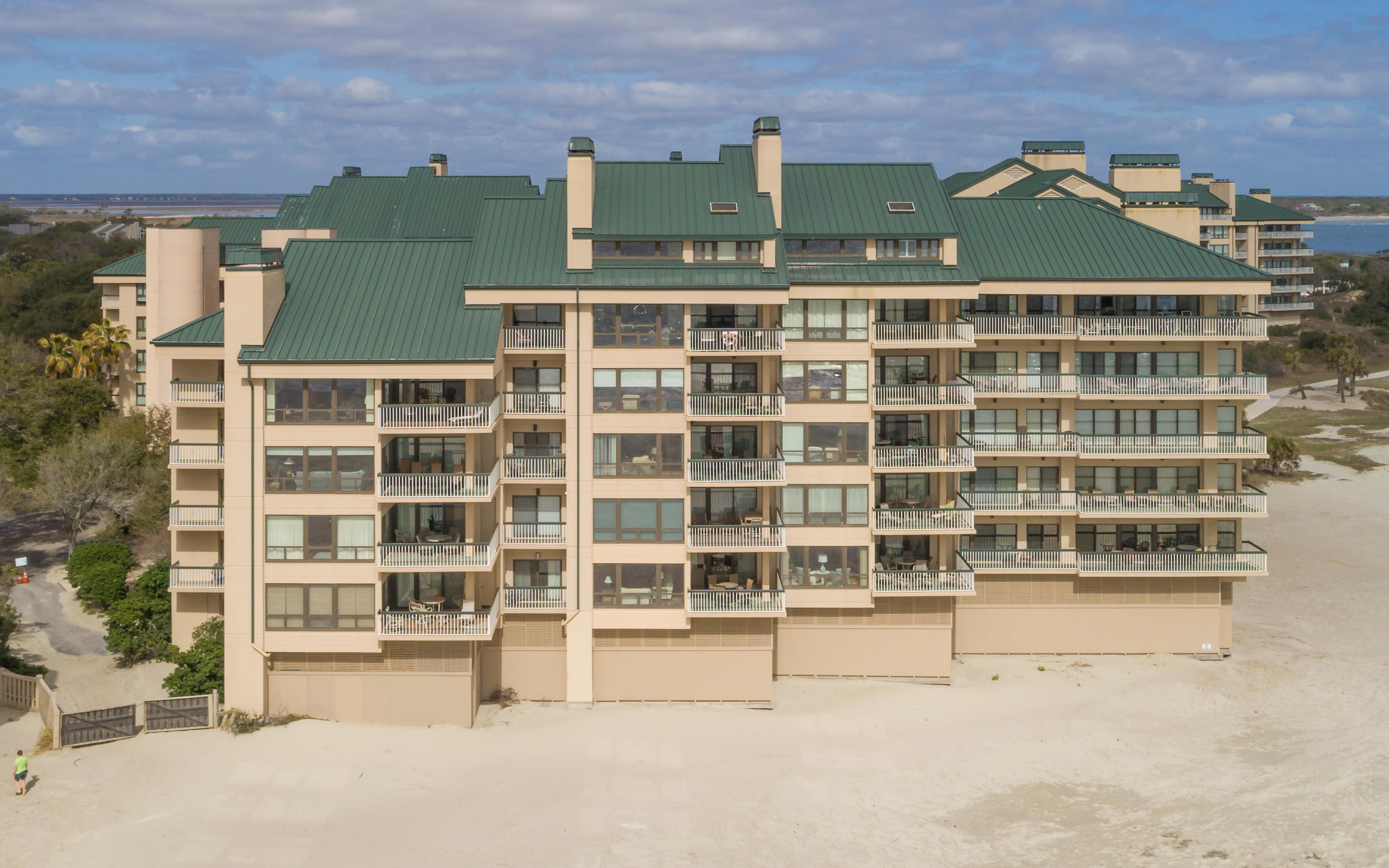1502 Ocean Club Isle Of Palms, SC 29451