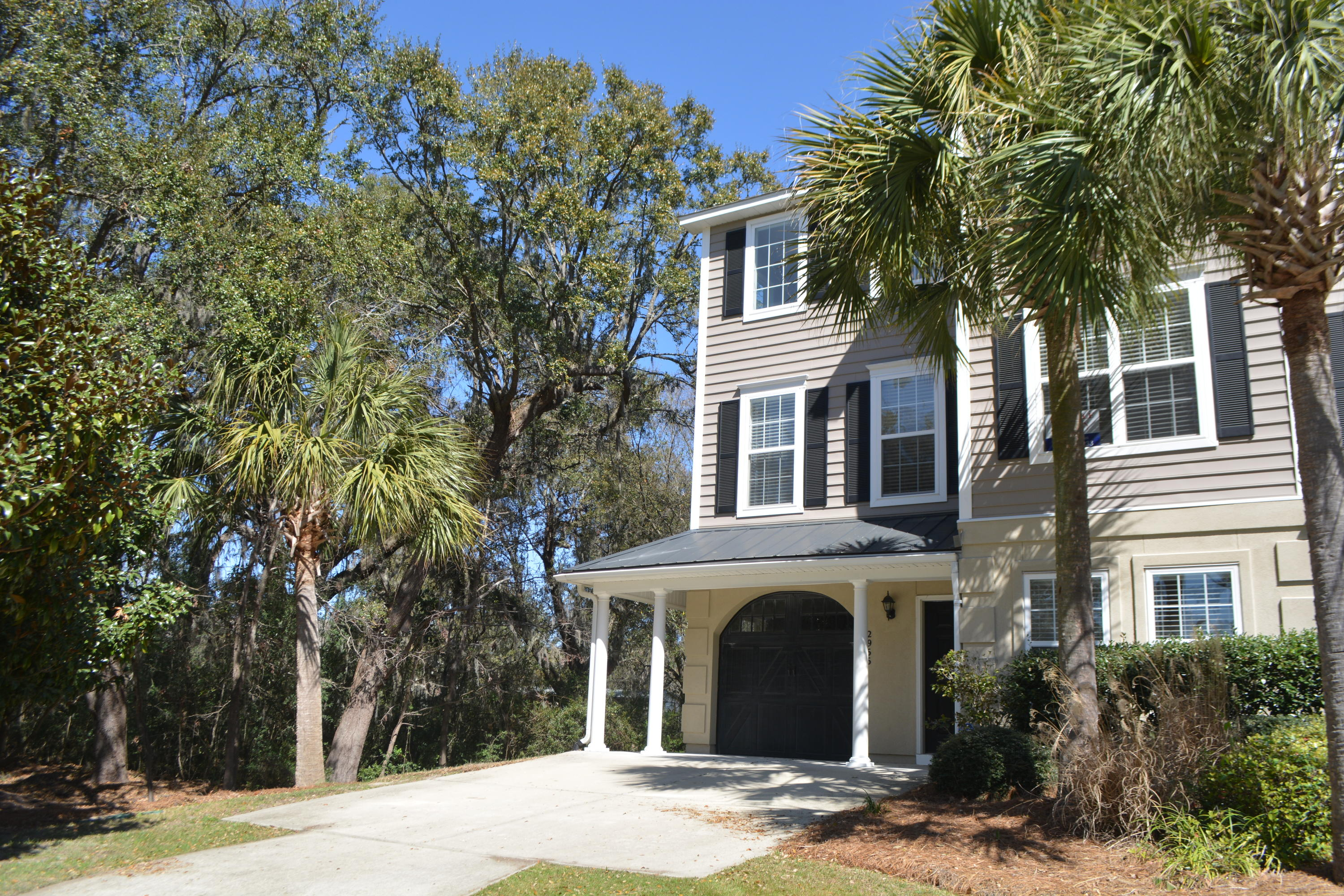 2966 Woodland Park Drive Mount Pleasant, SC 29466