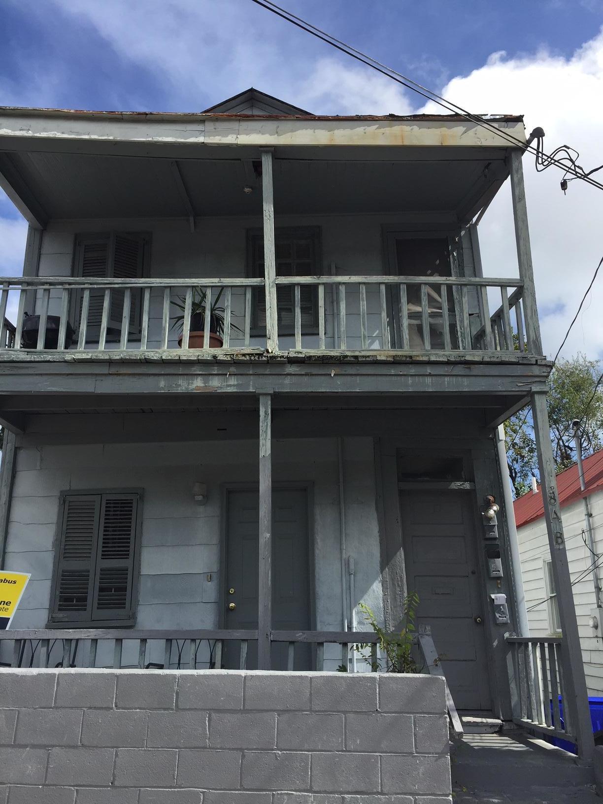 8 Larnes Street Charleston, SC 29403