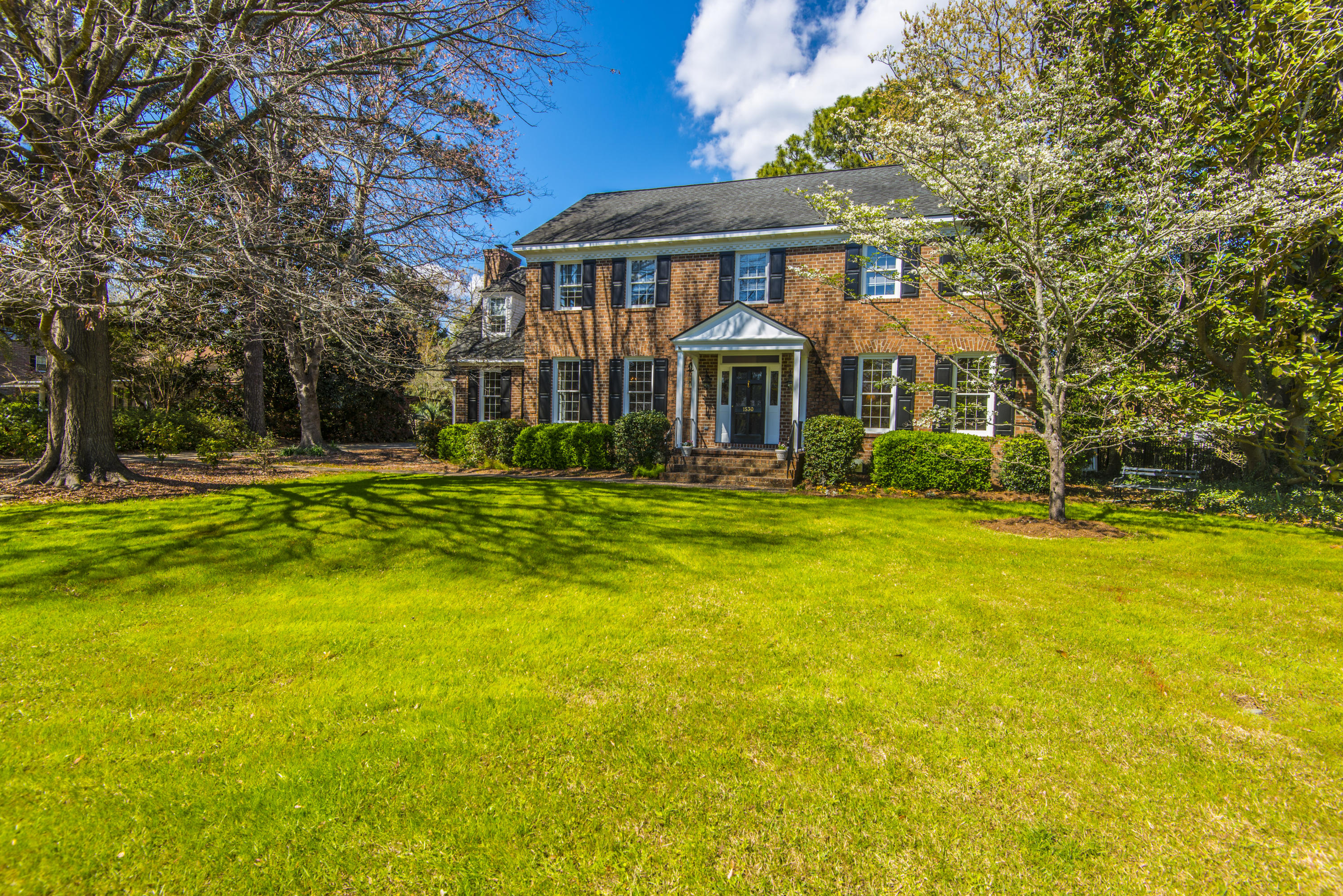 1530 Inverness Drive Charleston, SC 29412