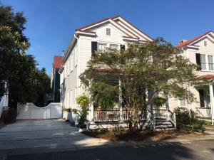 13 Smith Place, Charleston, SC 29401