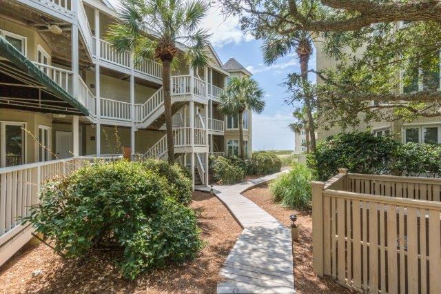 203 Port O Call Drive Isle Of Palms, SC 29451