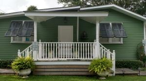 WONDERFUL 1940 BEACH COTTAGE! ZONED DOWNTOWN COMMERCIAL AND DUSK TO DAWN LANTERN ON FRONT PORCH