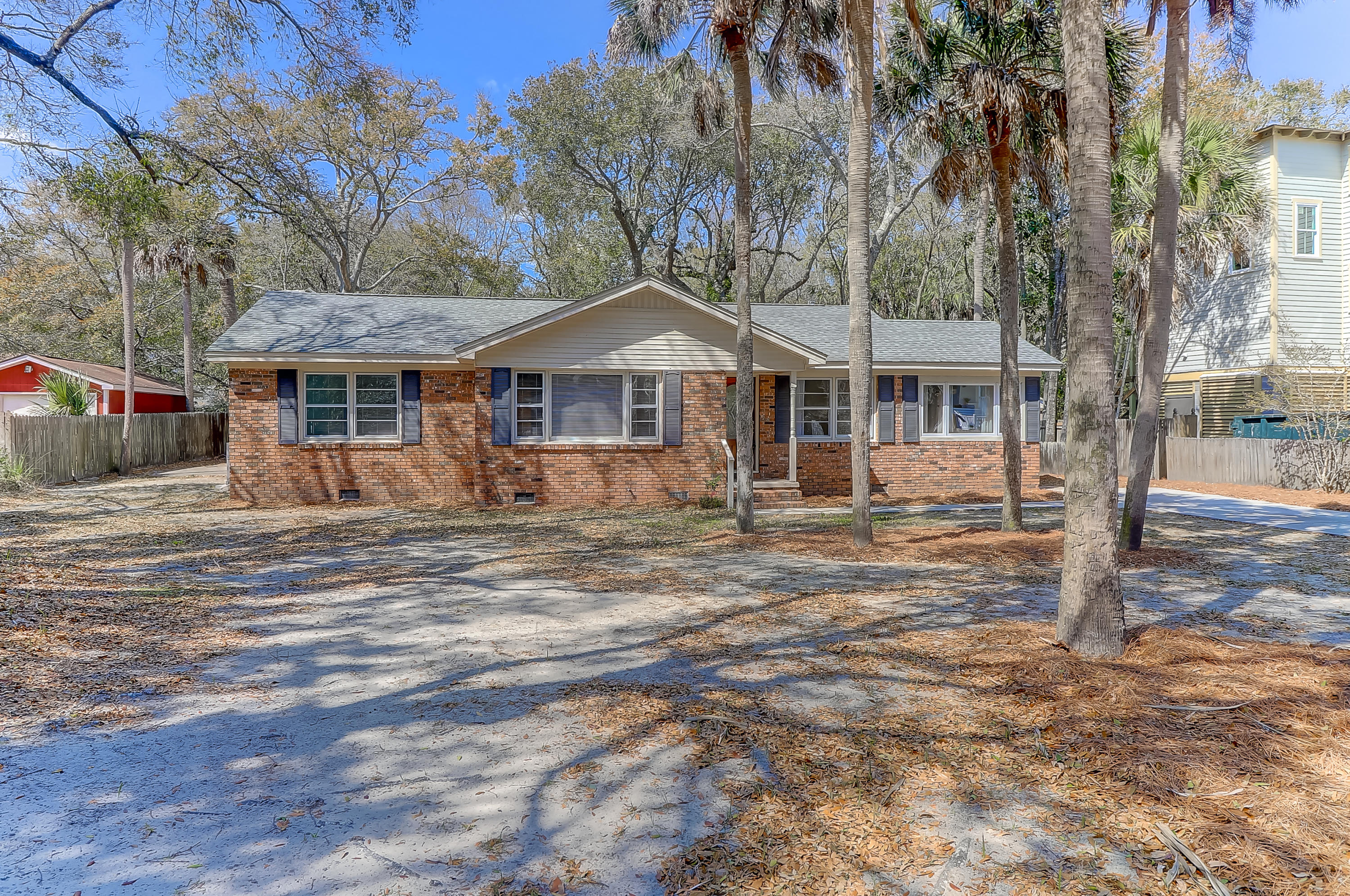 3501 Hartnett Boulevard Isle Of Palms, SC 29451