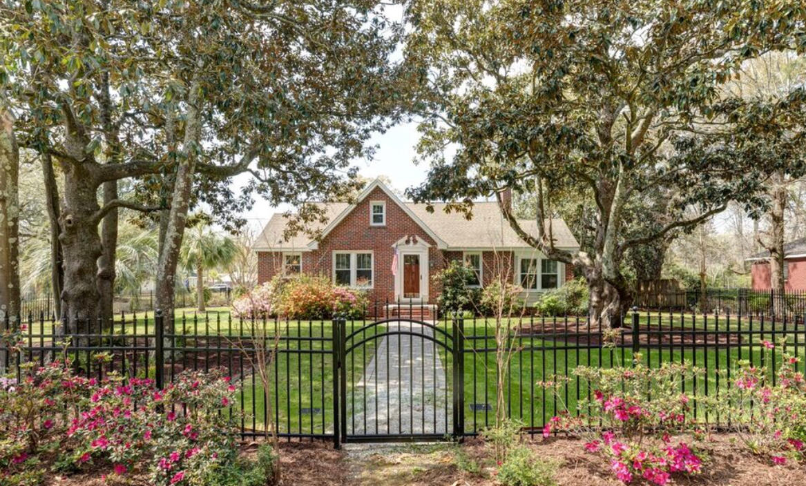 403 Wappoo Road Charleston, SC 29407
