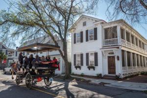 165 Tradd Street, Charleston, SC 29401