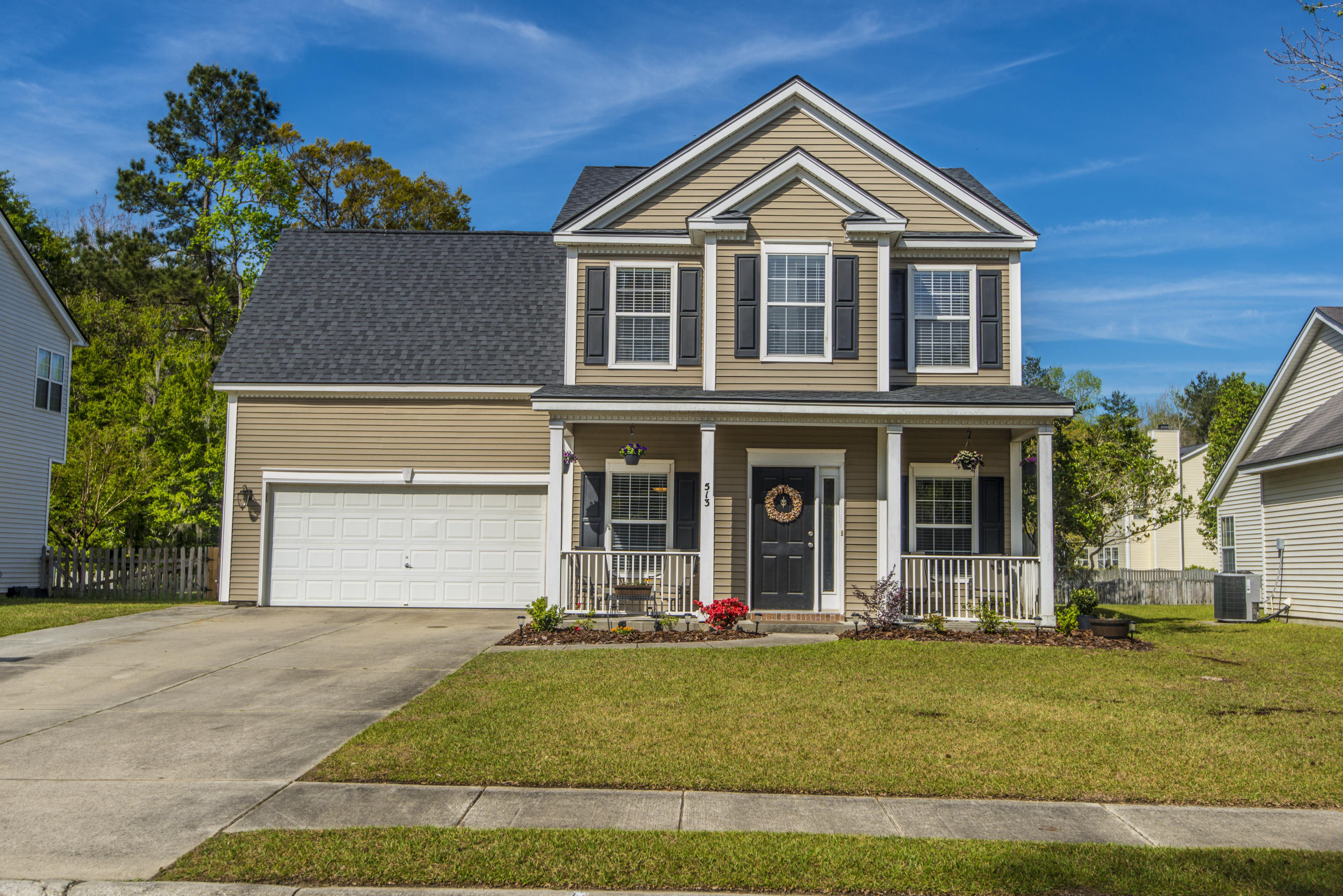 513 Saville Row Charleston, SC 29414