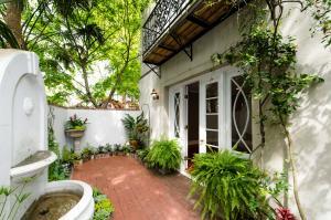 5 Legare Street, Charleston, SC 29401