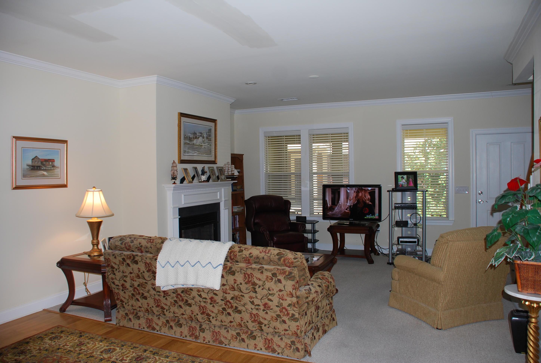 5516 Colonial Chatsworth Circle North Charleston, SC 29418