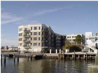 2 Wharfside Street Charleston, SC 29401