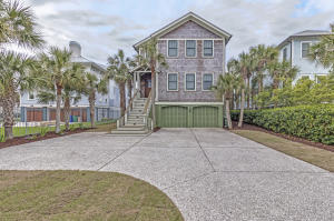 120 Charleston Boulevard, Isle of Palms, SC 29451