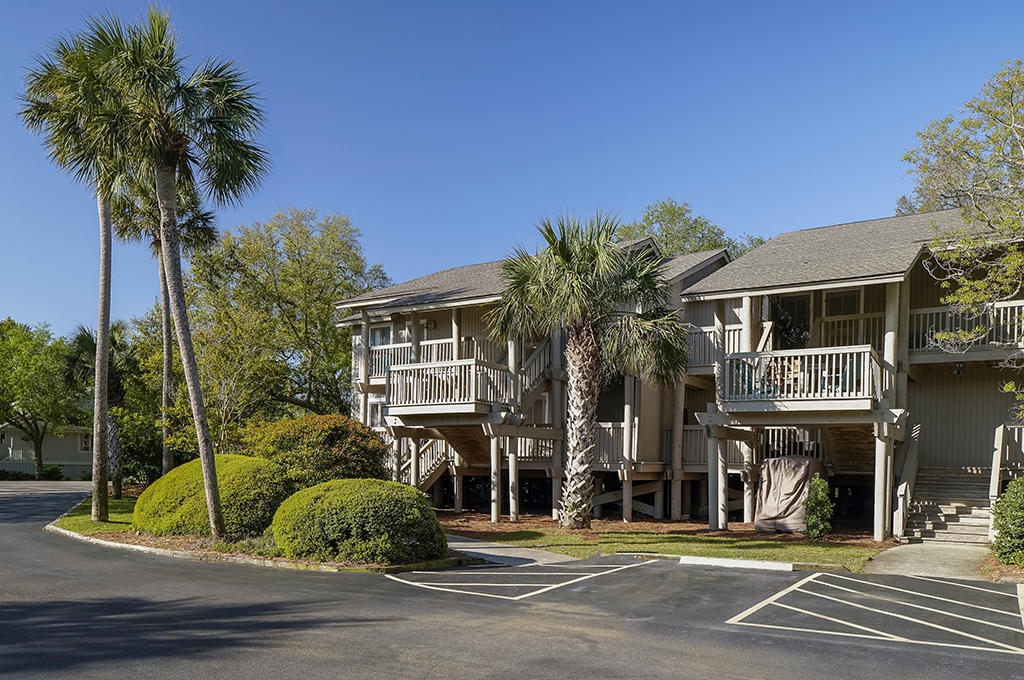 44 Lagoon Villa Isle Of Palms, SC 29451