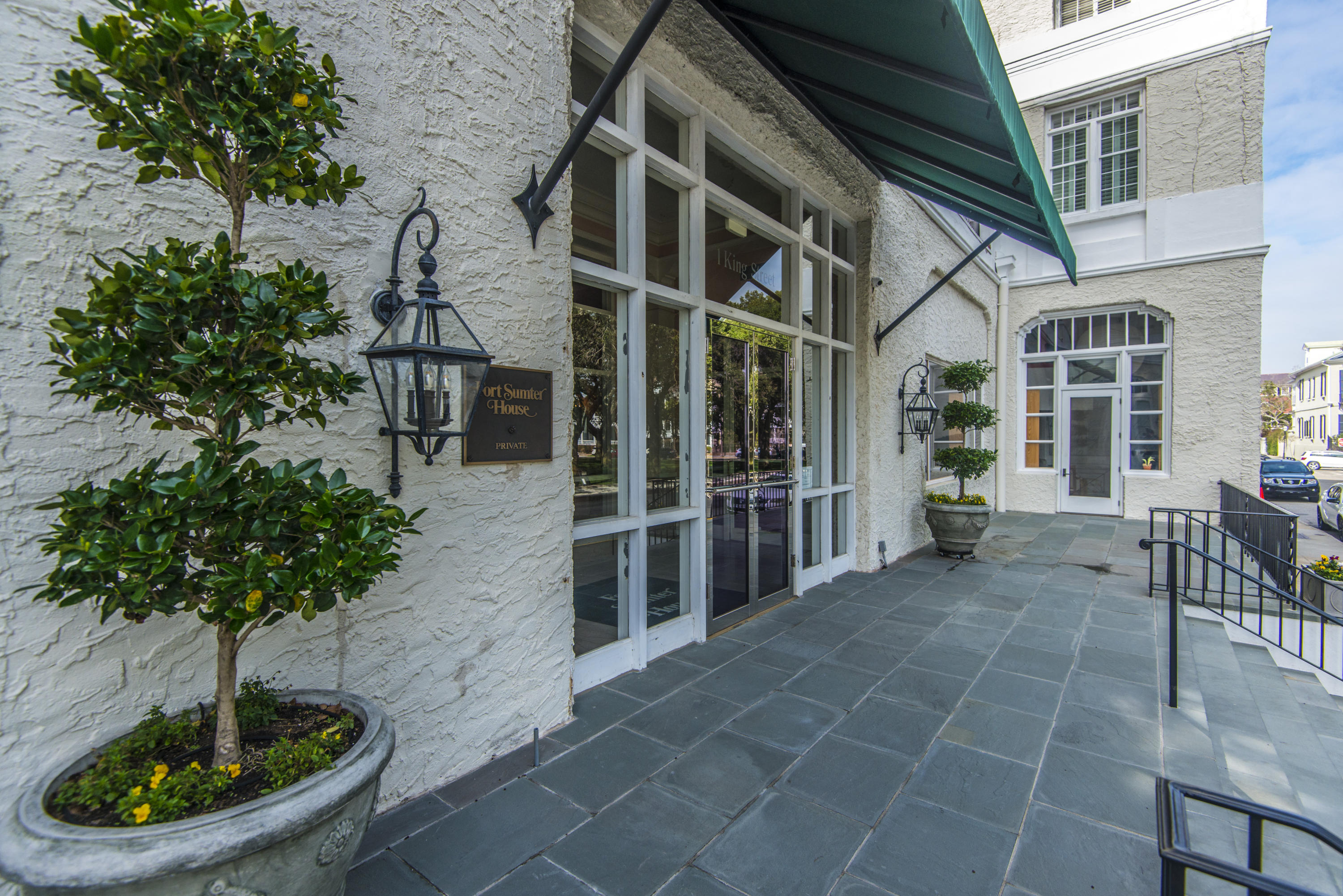 South of Broad Homes For Sale - 1 King, Charleston, SC - 5