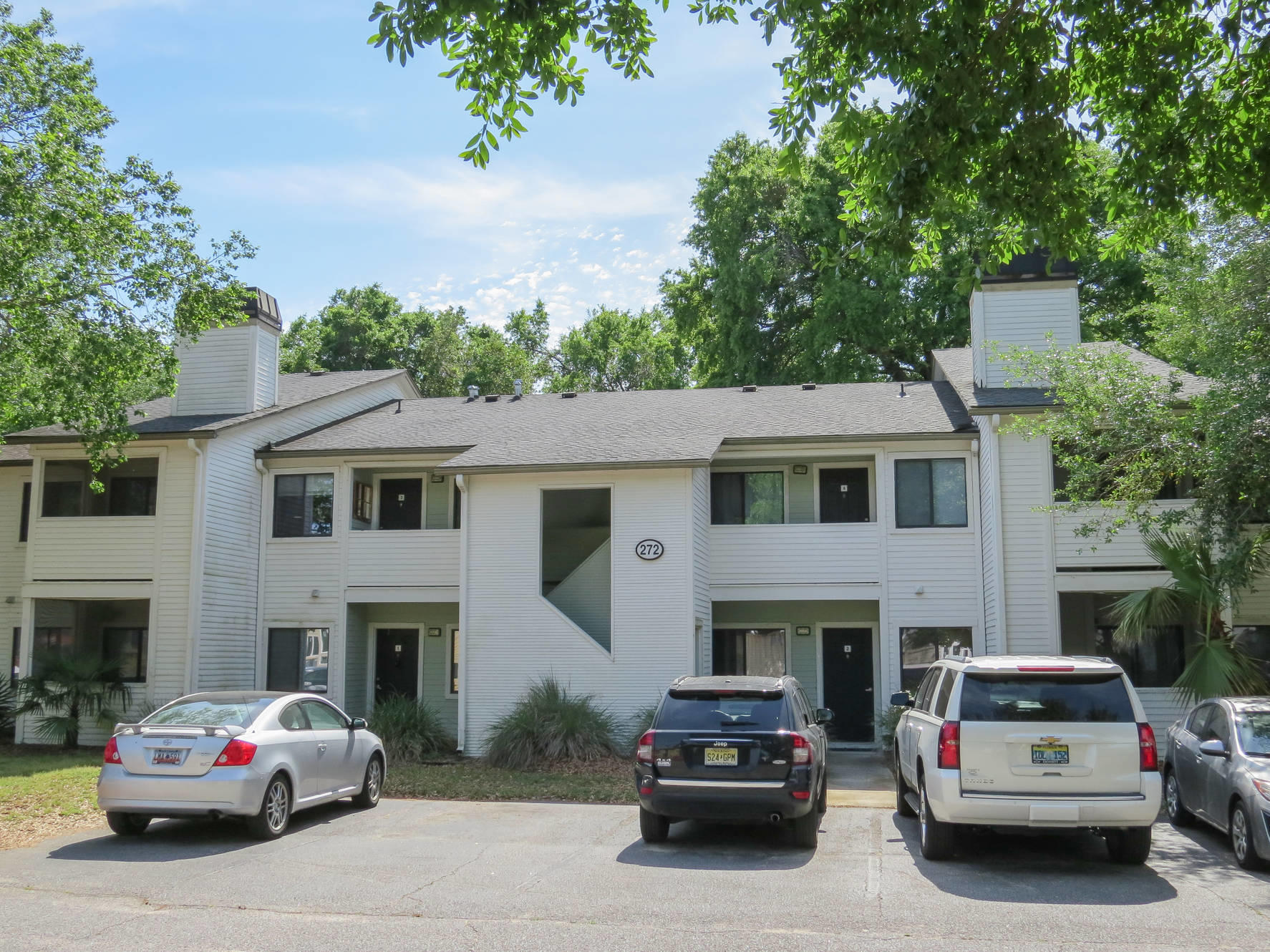 272 Alexandra Drive Mount Pleasant, SC 29464