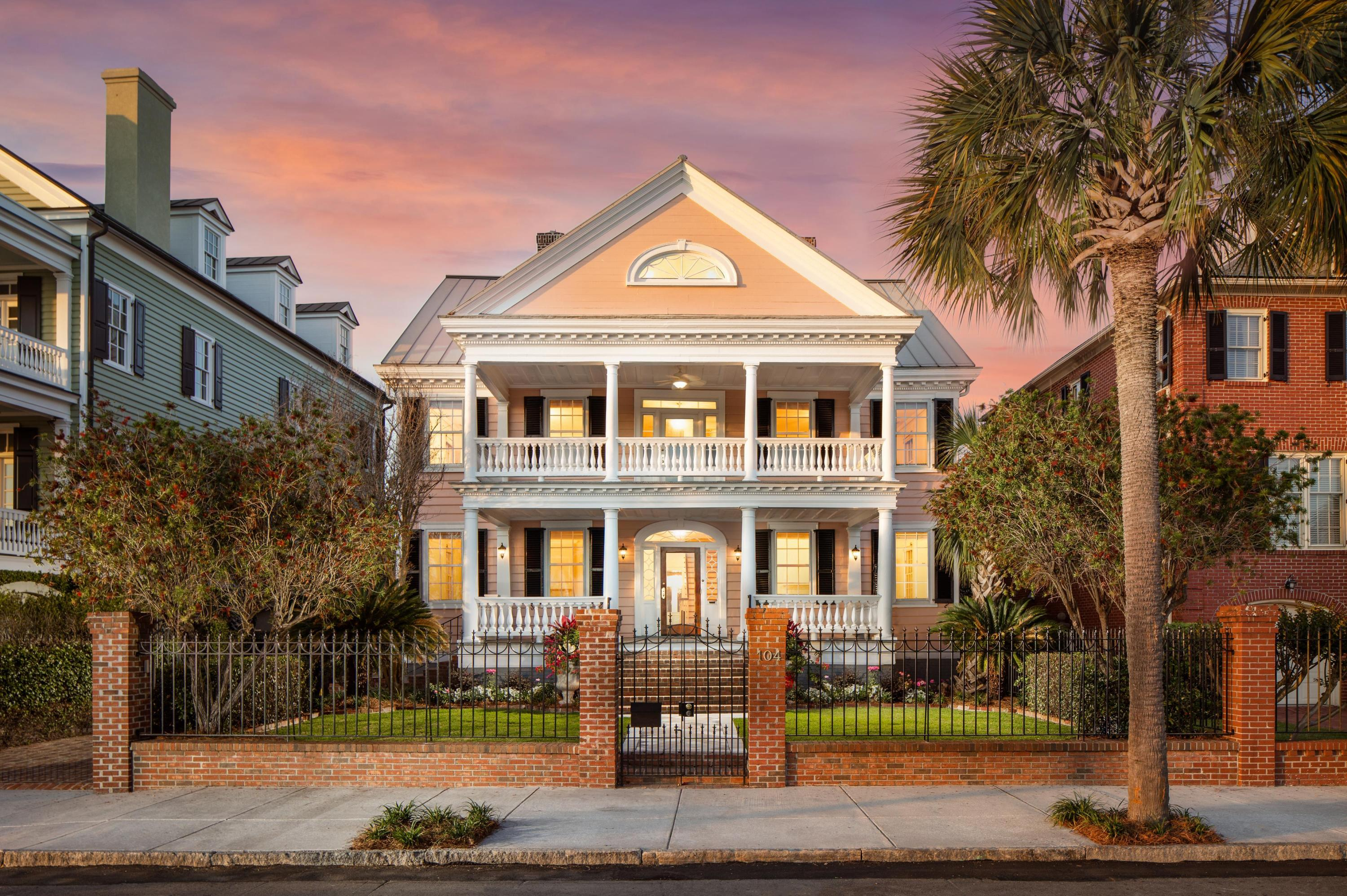 104 Murray Boulevard Charleston, SC 29401