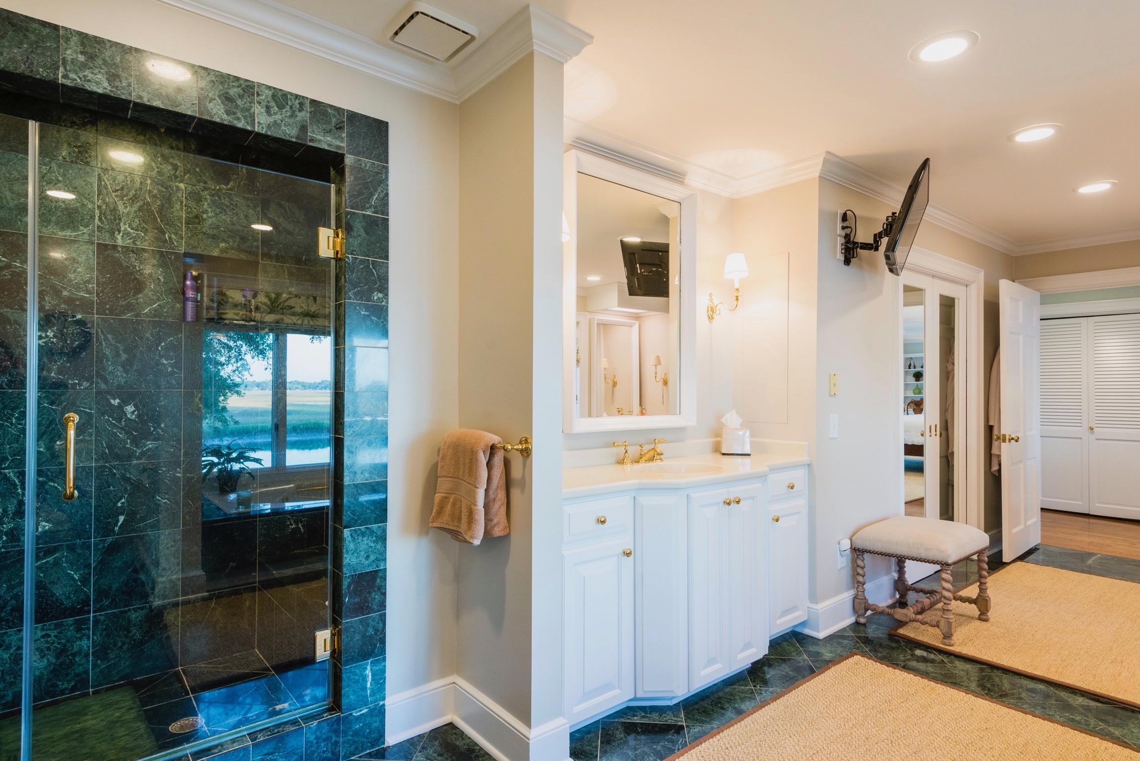 Lawton Bluff Homes For Sale - 685 Shore, Charleston, SC - 15