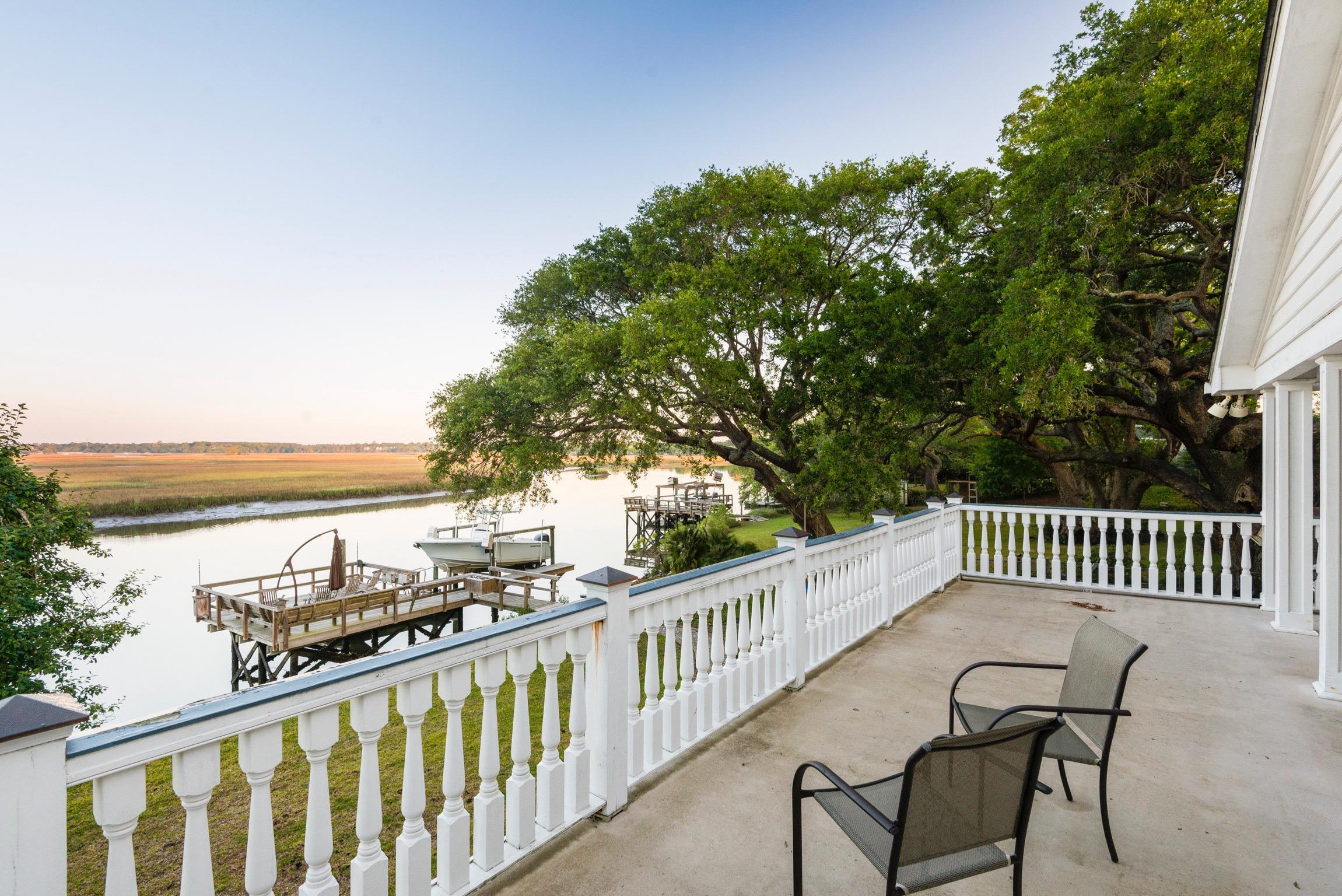 Lawton Bluff Homes For Sale - 685 Shore, Charleston, SC - 17