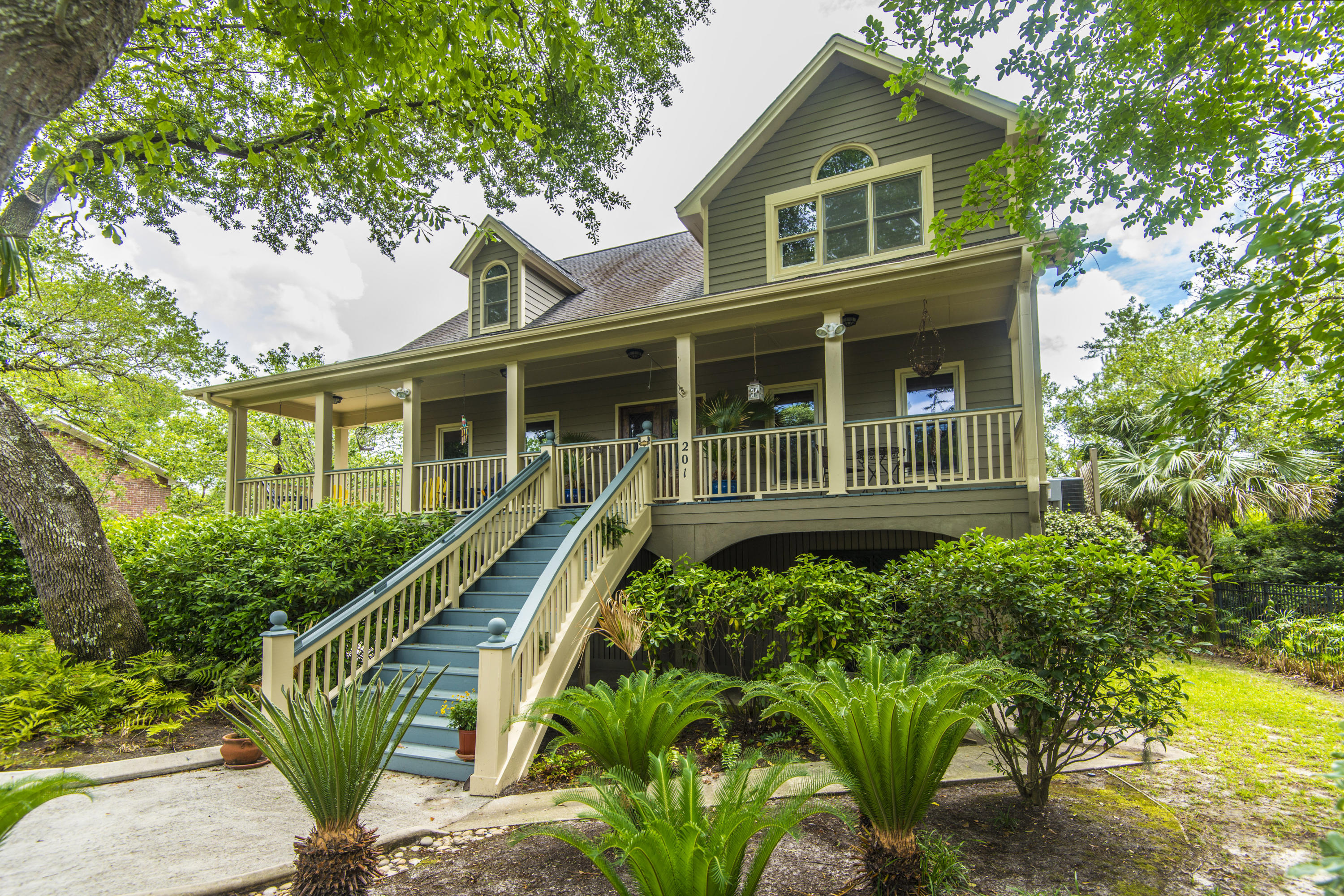 201 Marsh Oaks Drive Charleston, SC 29407