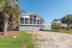 906 Ashley Avenue, Folly Beach, SC 29439