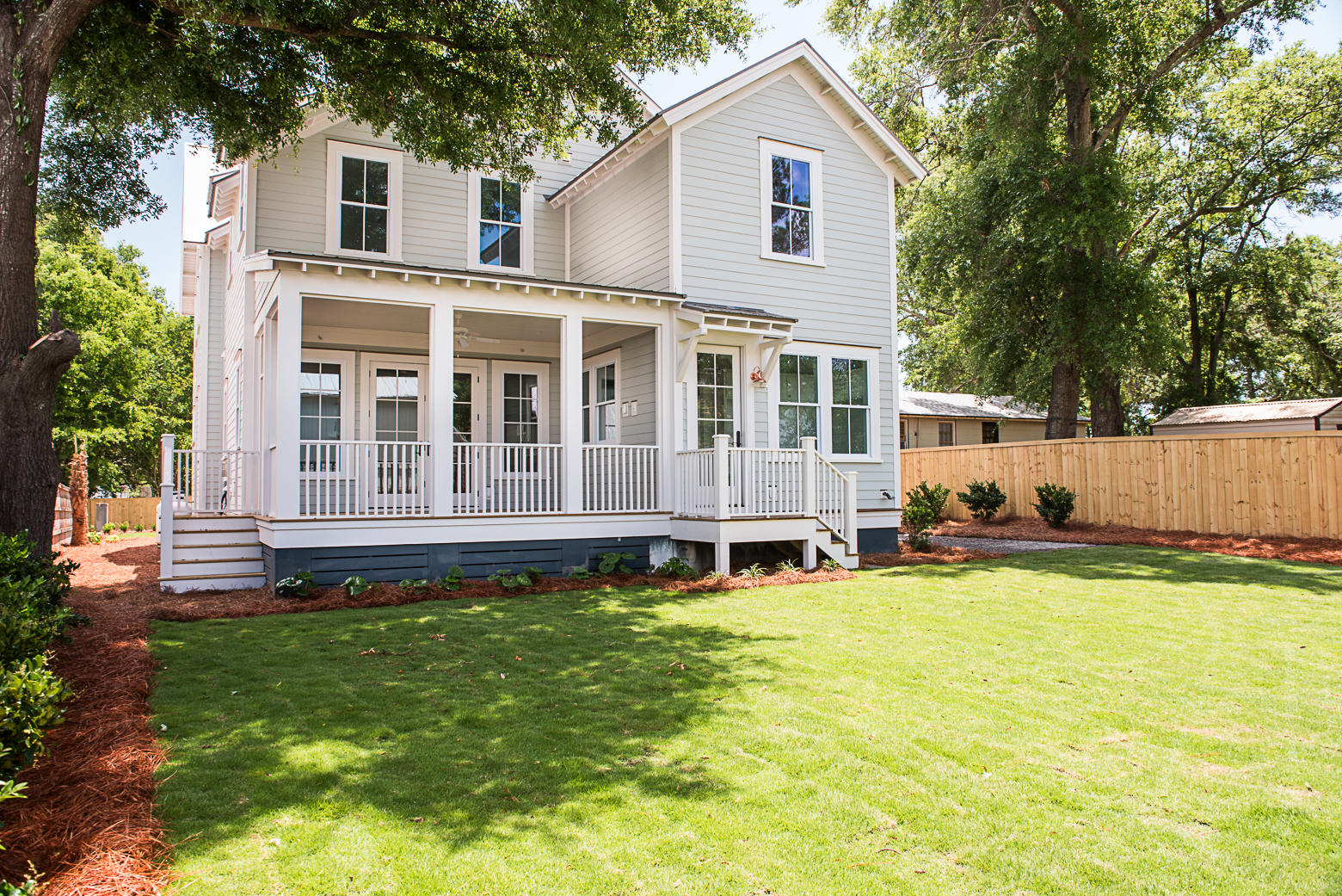 105 Ellis Street Mount Pleasant, SC 29464