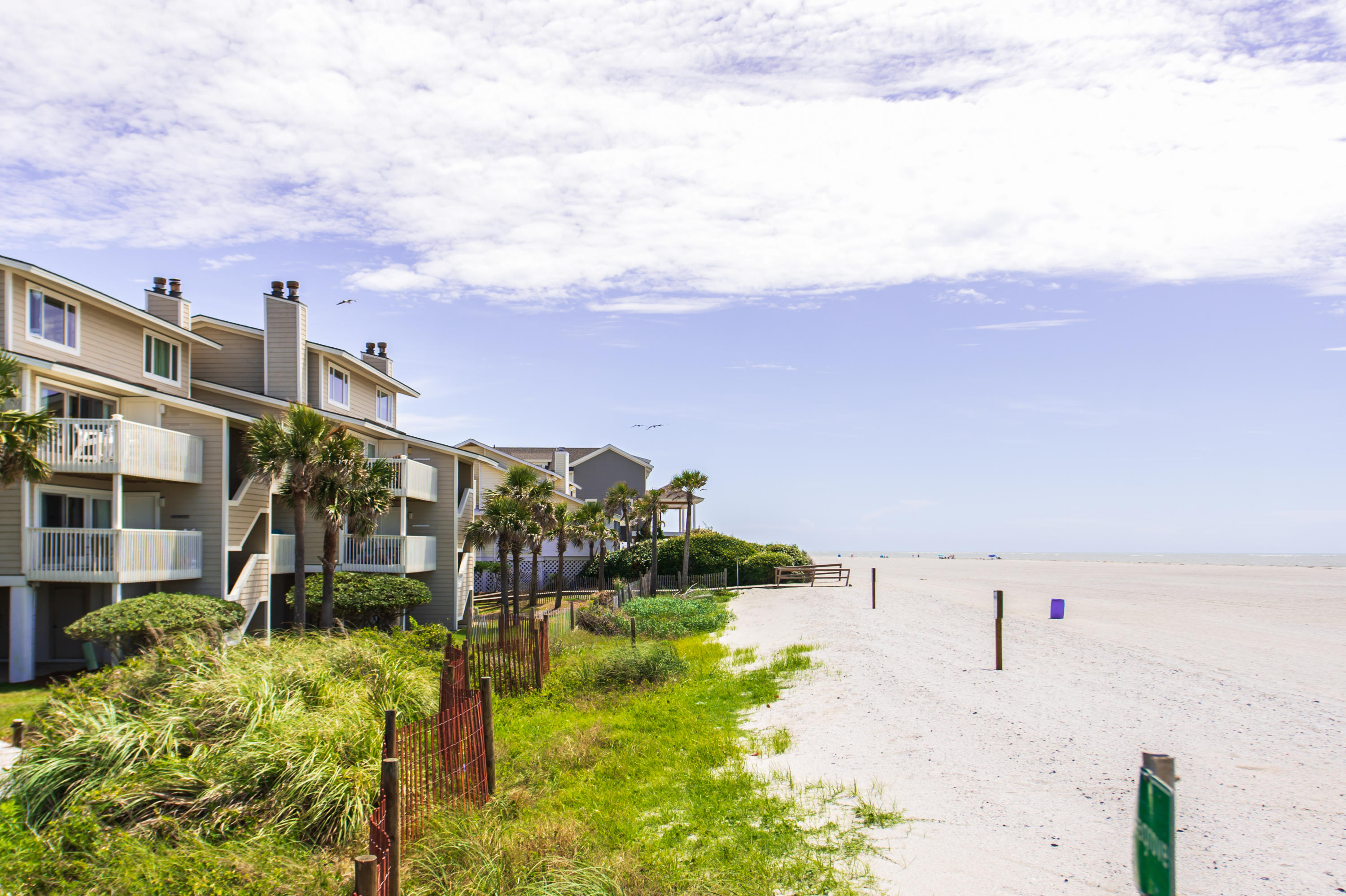 7 Seagrove Isle Of Palms, SC 29451