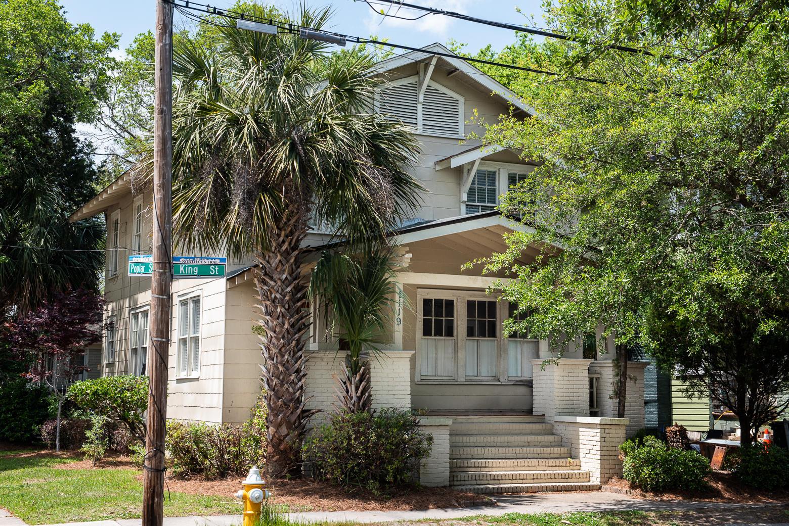 1119 King Street Charleston, SC 29403