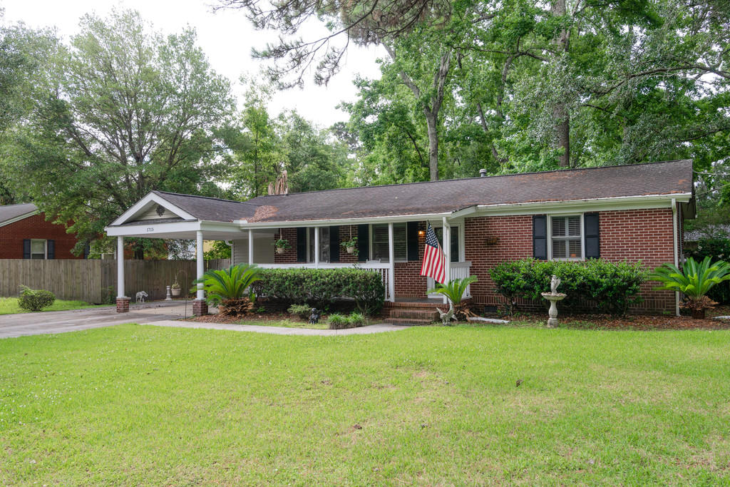 1715 Houghton Drive Charleston, SC 29412