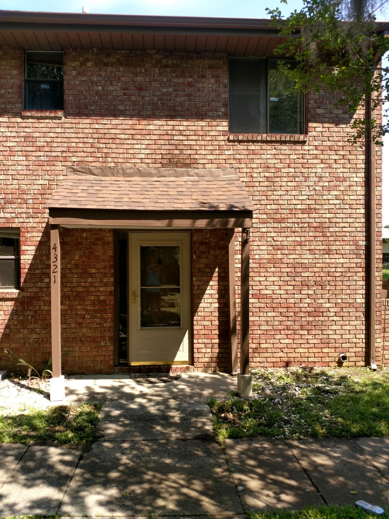 4321 Great Oak Drive North Charleston, SC 29418