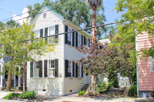 12 Gadsden Street, Charleston, SC 29401
