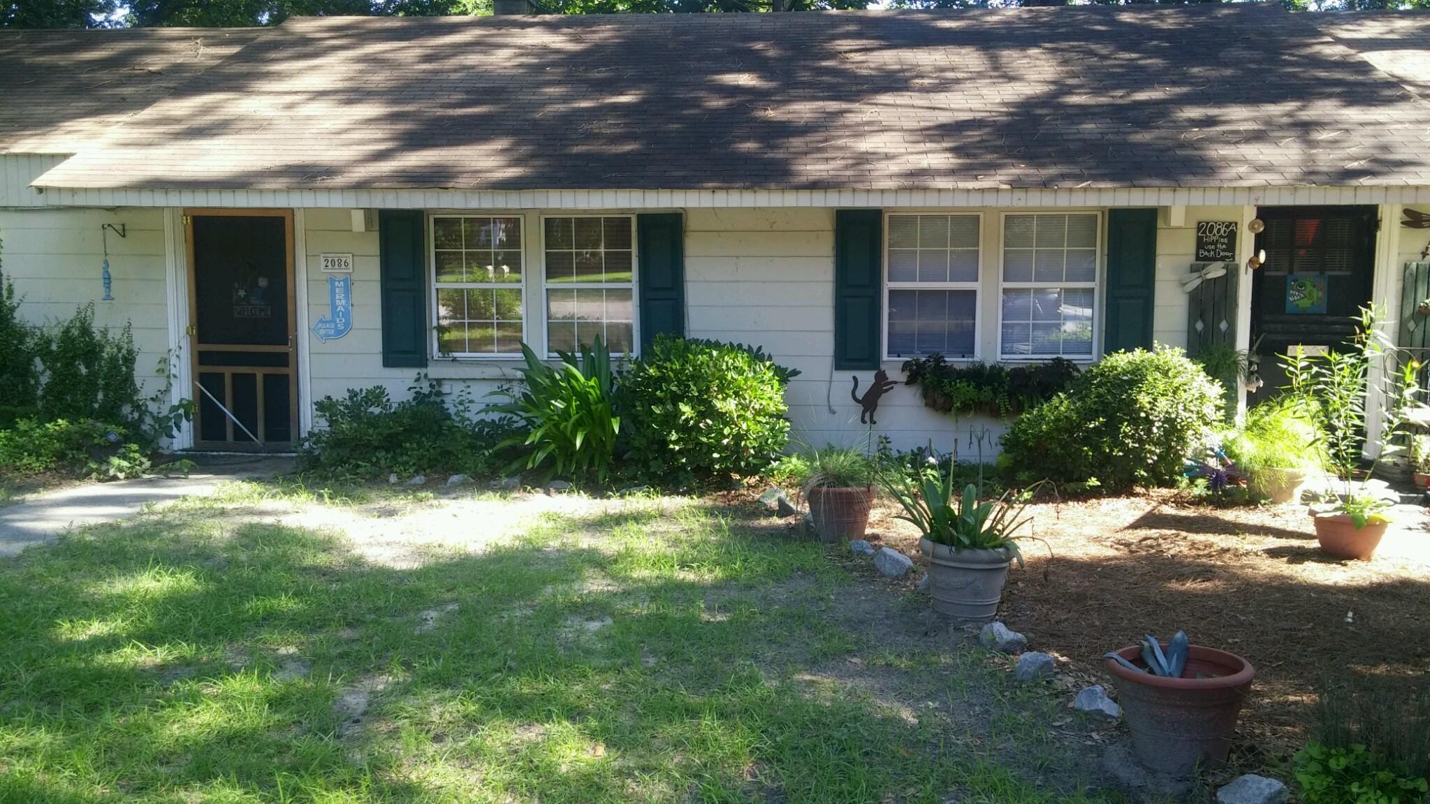2086 Seabrook Avenue Charleston, SC 29412